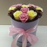 Розы шоколадные большие 19 шт 01